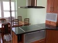 kuchyň - pronájem chalupy Červená Voda