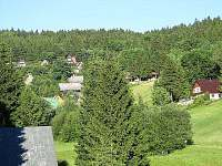 Výhled z chaty do okolí - k pronájmu Čenkovice