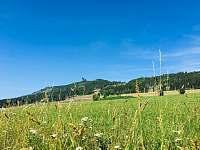 Stezka v oblacích od roubenky Stella - Dolní Morava