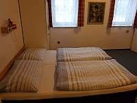 apartmán pro 4 os- manželské lůžko - ubytování Deštné v O. h.