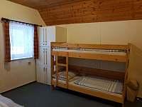 apartmán pro 4 os- manželské lůžko+ patrová postel - k pronájmu Deštné v O. h.