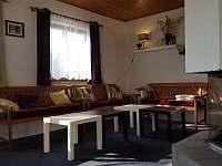 Koutek s lavicemi - pronájem chalupy Orličky