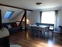 horní apartmán - ubytování Pastviny