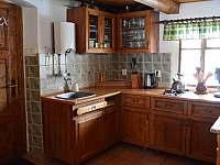 Kuchyňský kout - chalupa k pronájmu Mladkov