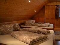 Velká ložnice - chalupa k pronajmutí Mladkov