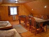 Velká ložnice - chalupa k pronájmu Mladkov
