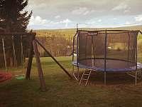 dětské hřiště - chalupa ubytování Orlické Záhoří