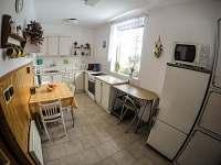 Kuchyň - chalupa ubytování Klášterec nad Orlicí