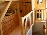 horní kuchyňka u schodiště - chalupa ubytování Jamné nad Orlicí