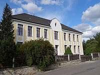 Škola Kostelecké Horky - chalupa ubytování Kostelecké Horky