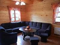Společenská místnost - chalupa k pronajmutí Olešnice v Orlických horách