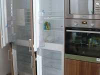 2x lednice,2x mrazák - pronájem chalupy Rokytnice v Orlických horách
