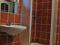 druhá koupelna v patře - Bušín
