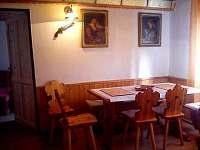 přízemí - jídelna, společenská místnost