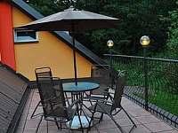 zadní terasa - chata ubytování Bušín