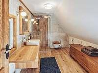 Koupelna v 1. patre - Valteřice