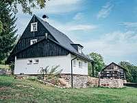 Pohled ze zahrady - Valteřice