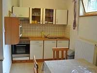 část B - kuchyňka - pronájem chaty Dolní Morava