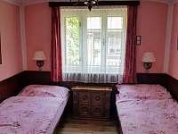 Dolní ložnice - chalupa k pronájmu