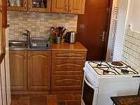 kuchyňka - pronájem chalupy Pastviny