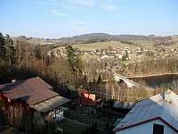 výhled z balkónu - chalupa k pronajmutí Pastviny