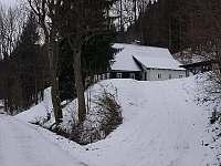 Chata Borůvka - příjezdová cesta - ubytování Olešnice v Orlických horách