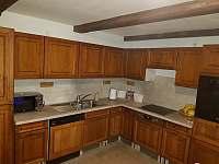 Kuchyně - chata k pronájmu Olešnice v Orlických horách