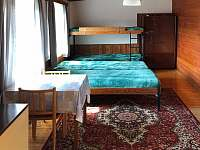 Pokoj 6 v patře - chata k pronajmutí Deštné v Orlických horách