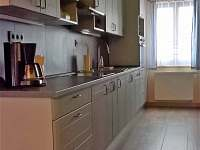 Kuchyň ve společenské místnosti - pronájem chalupy Olešnice v Orlických horách