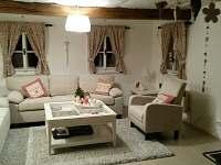 obývací pokoj - chalupa k pronajmutí Verměřovice