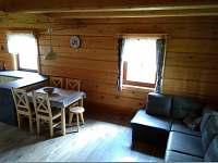 sedací souprava + jídelní stůl apartmán č.1