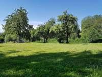 Sportovní hřiště u chalupy