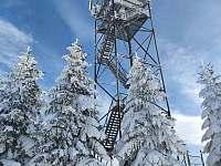 Rozhledna Val 1 km nad chatou - upravené trasy na běžky - Horní Orlice
