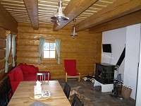 Obývací pokoj - pronájem chalupy Orlické Záhoří