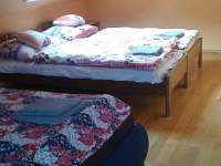 Ložnice 1 - rekreační dům k pronájmu Písečná u Žamberka