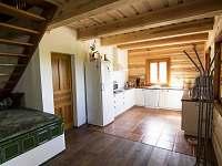 kuchyň - chalupa k pronájmu Deštné v Orlických Horách