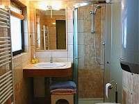 dolní koupelna - chata k pronajmutí Valteřice