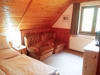 ložnice s televizí(dvoulůžko) - chata ubytování Valteřice