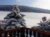 zimní pohled z terasy - chata k pronájmu Valteřice
