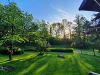 Zahrada 2 - chalupa k pronájmu Nekoř - Údolí