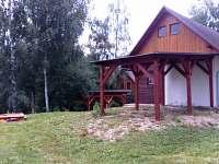 Parkování u objektu - chata k pronájmu Bartošovice v Orlických horách