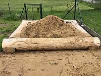 Naše nové pískoviště - chata ubytování Heroltice u Štítů