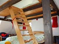 schody do podkrovního spaní