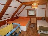 Horní ložnice - chalupa ubytování Rokytnice v Orlických horách