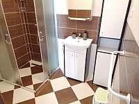 Třetí apartmán koupelna