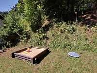 pískoviště - pronájem chaty Deštné v Orlických horách
