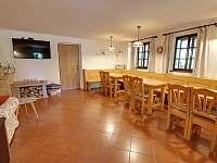 společenská místnost - pronájem chaty Deštné v Orlických horách