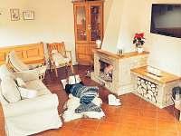 společenská místnost - Deštné v Orlických horách