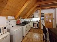 Kuchyň - chalupa ubytování Orlické Záhoří