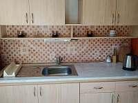 Kuchyň - chata k pronájmu Pastviny